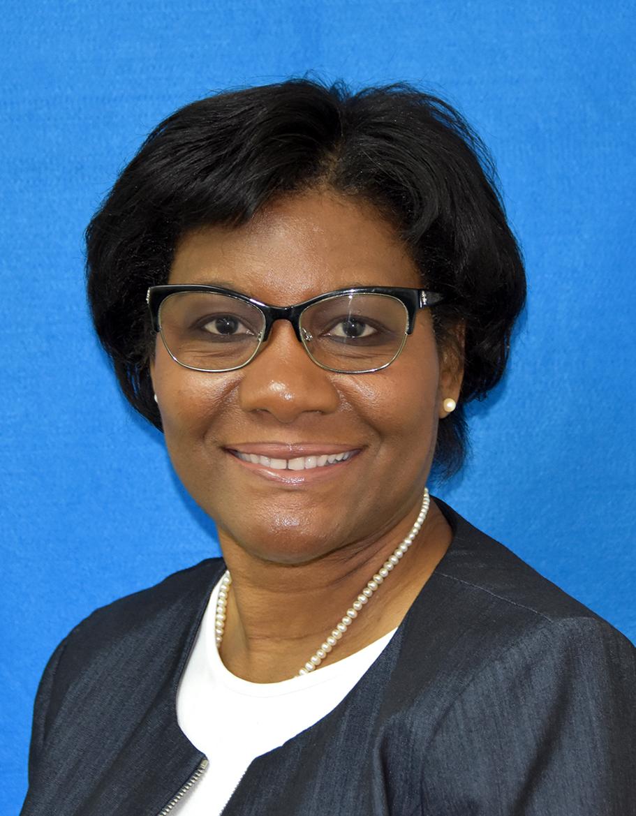 Deloris Gordon, Internal Auditor